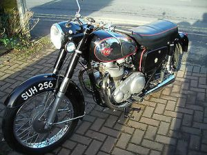 1957-Matchless-G11-600-twin