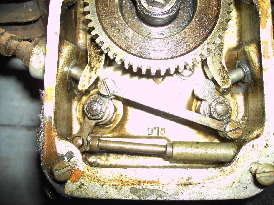 Exhaust Valve Lifter Mechanism